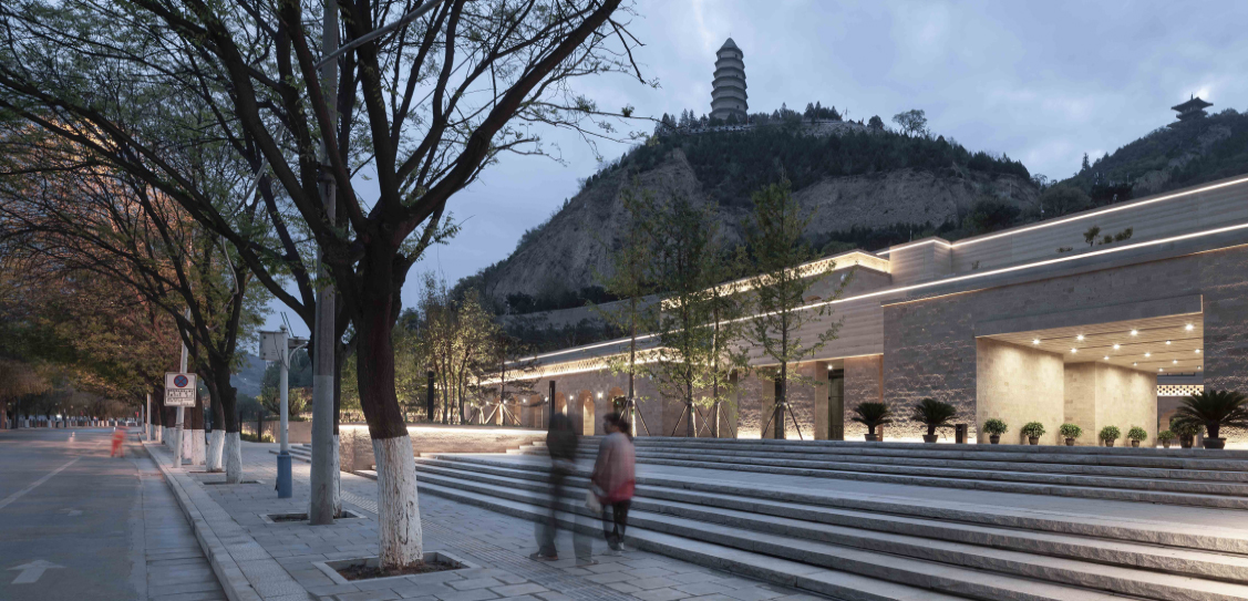 Yan'an Baota Mountain Tourist Service Center - Architectural Design & Research Institute of Tsinghua University Co.,Ltd