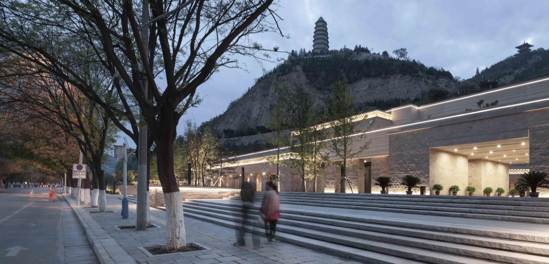 Yan'an Baota Mountain Tourist Service Center - Architectural Design & Research Institute of Tsinghua University Co.,Ltd
