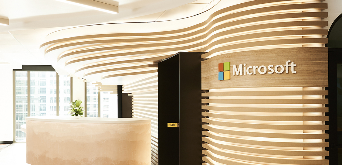 Microsoft Technology Centre by Tom Mark Henry. Photography: Damian Bennett
