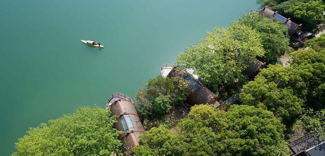 Boat Rooms on the Fuchun River by The Design Institute of Landscape and Architecture China Academy of Art