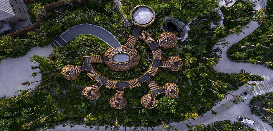 Terra, Waldorf Astoria Maldives - Stickman Tribe