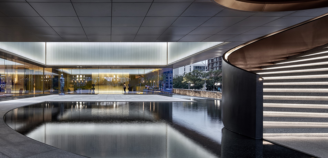 Honor of China Sales Center by GEEDESIGN / Wang Weijie