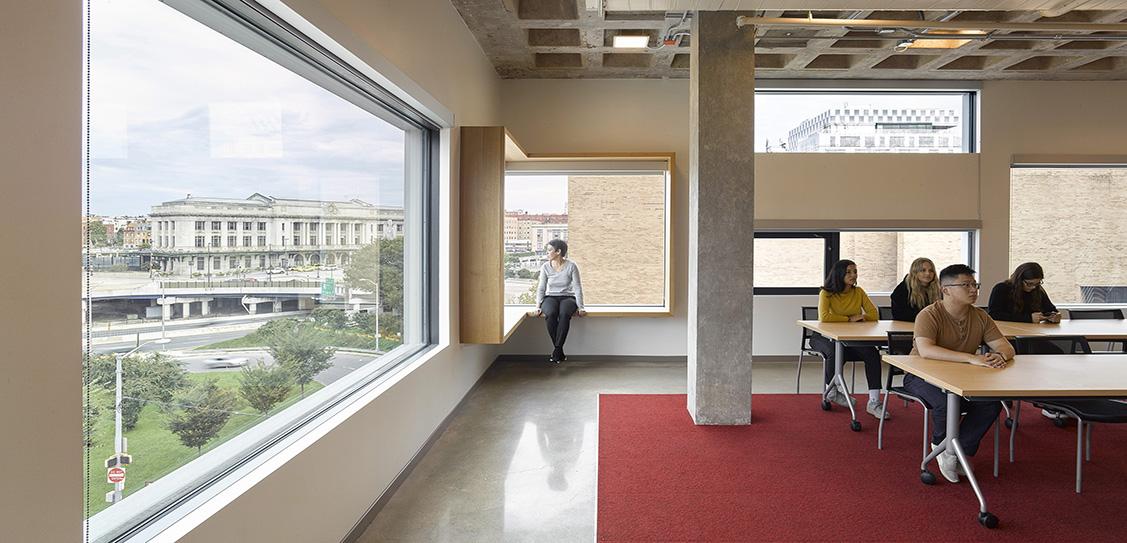 Robert L. Bogomolny Library - Architect