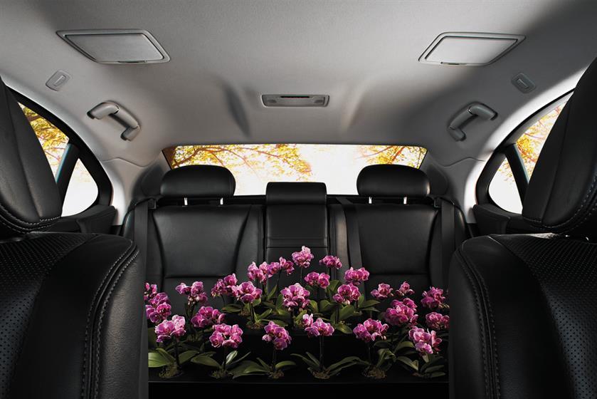 Lexus1280.jpg