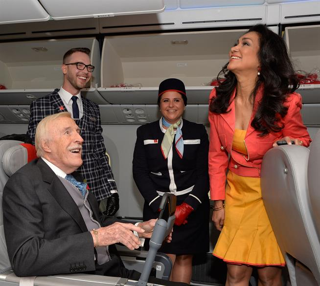 Sir Bruce Forsyth launches Norwegian flight