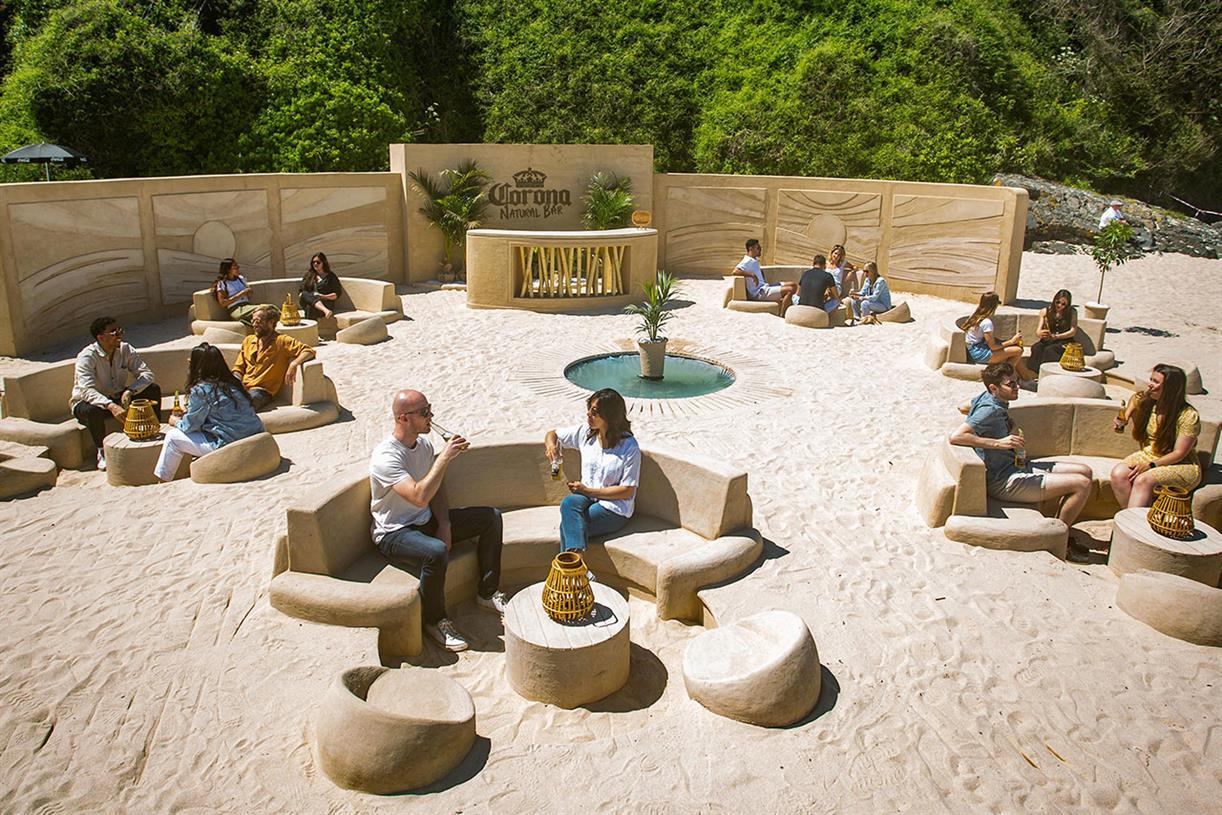 Corona constructs pop-up sustainable beach bar