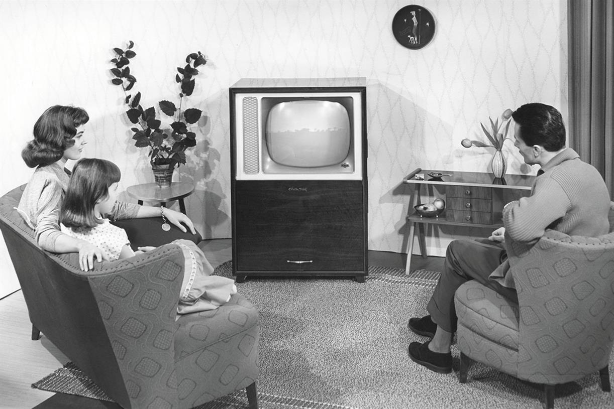 the history of tv shows and tv This schematic shows the circular paths  this is widely regarded as the first television demonstration in history  mechanical tv usually only.