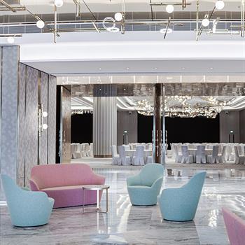Dancing and weddings in Hong Kong's L'hotel Nina Ballroom and Bridal Suite