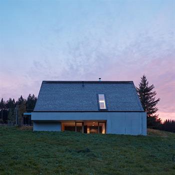 Pavel Míček Architect's paradoxical cottage