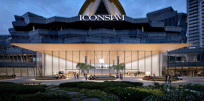 Apple opens Bangkok store