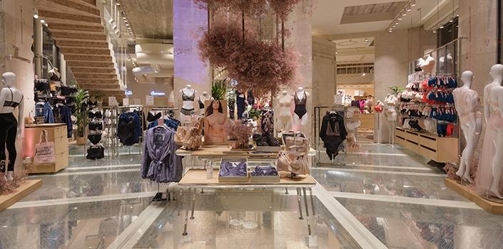 MVRDV's unique glass floor in Etam's Parisian lingerie store