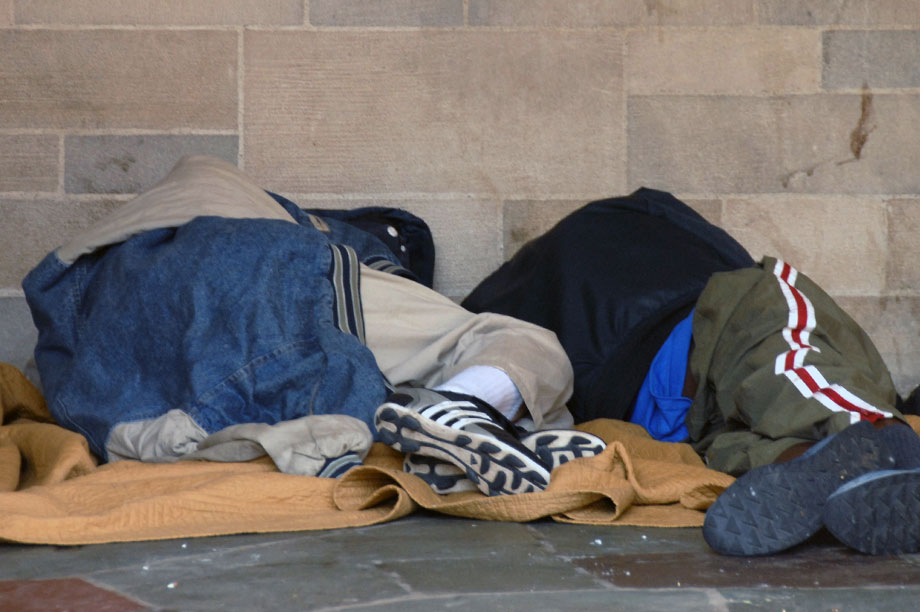 Homelessness: social impact bonds to help charities