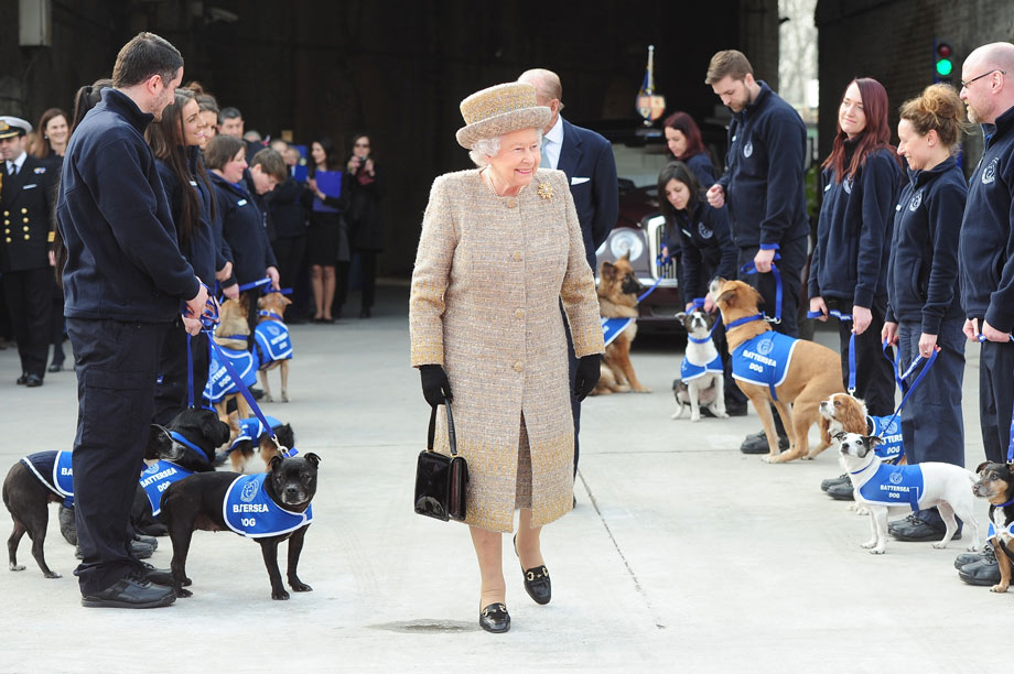 The Queen visits Battersea Dogs & Cats Home