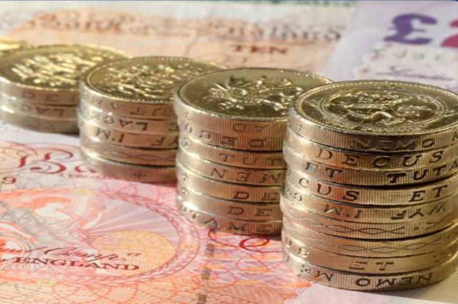 Salaries: uneven data
