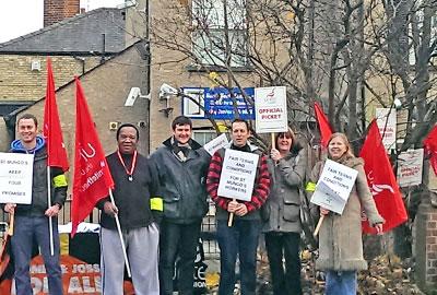 St Mungo's hostel staff to strike