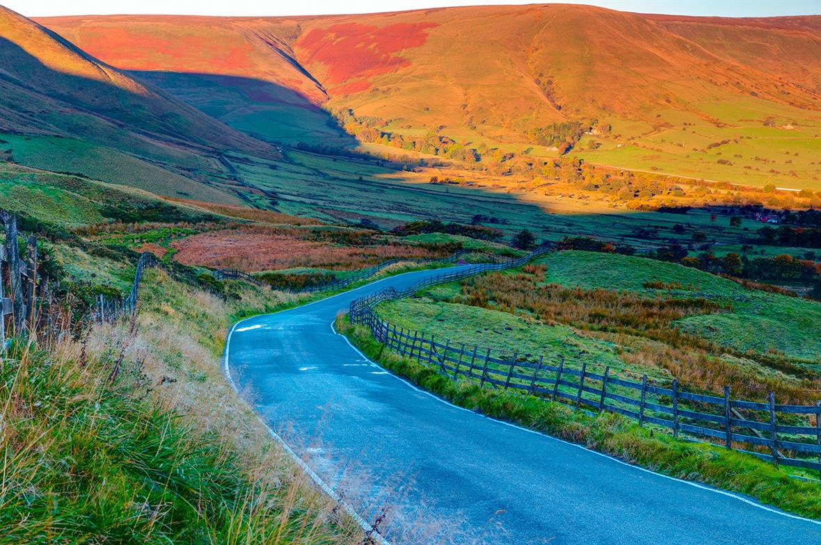 Vale of Edale, Peak District National Park, Derbyshire