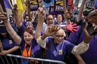 Lobbyists hungry to take fast-food minimum-wage fight nationwide