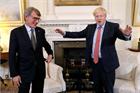 What is Boris Johnson's leadership style?