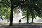 Government publishes official guidelines on using green spaces during pandemic