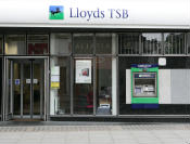 Lloyds TSB to retain Halifax and Bank of Scotland brands