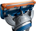 Gillette Fusion: trimmer on back of catridge
