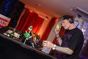 Vanilla Ice: on the decks at the NotW party