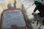 Ballantine's whisky: pavement artist Julian Beever at work