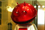Smash Martian ... stars in Comic Relief spot