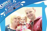 Families snapped with 'Oreo pops' for experiential campaign