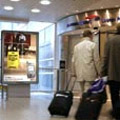 JCDecaux: wins airport task