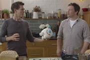 EE: Kevin Bacon cooks head-to-head with Jamie Oliver