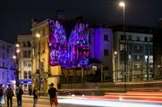 The run will take joggers past Sony Mobile's ultraviolet murals