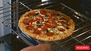80,000 people tune in to watch DiGiorno cook a pizza live on Periscope