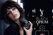 Passers-by will receive free Black Opium samples and make-up touch-ups (uk.westfield.com)