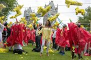 Katie Price joined in the piñata smash yesterday (20 May)