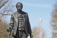 Diary: Founder of the garden city movement commemorated