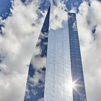 New Jersey's monumental mixed use glass towers by Elkus Manfredi Architects