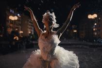 Amazon's Christmas spot stars ballerina Tais Vinolo