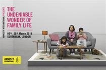 Amnesty International fights for reuniting refugee families with 'living installation'
