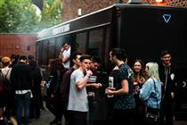 Blu eCigs takes music tour and sampling activity to Edinburgh