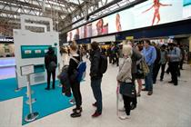 In pictures: Deliveroo unveils slot machine for hungry commuters