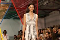 London Fashion Week to reach 35 million via outdoor screenings