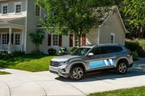 Volkswagen dealerships mobilize fleet to deliver supplies and food