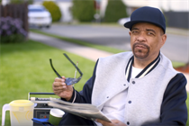 Ice-T sets up a lemonade stand in Geico's latest spot
