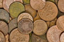 Scrapping 1p and 2p coins could reduce charitable income, government warned