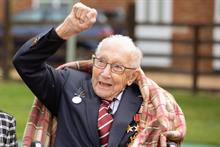 Record-breaking fundraiser Tom Moore to be knighted