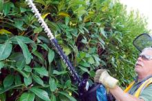 Makita EH7500W petrol hedge trimmer