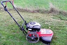 Cobra WT56B wheeled trimmer