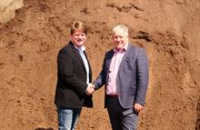 Green-tech and Freeland Horticulture sign expansion deal for Green-tree topsoil