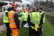 Hedge trimmer training sessions aim to cut contractor accidents